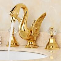 torneira da bacia dourada venda por atacado-Recém Ouro Banheiro Generalizada 8 polegada Deck Montado Banheiro Bacia Torneira Da Pia Dupla Cristal Punhos Swan Forma
