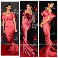 Wholesale hot pink modest prom dress - Hot sale New Burgundy Evening Dresses 2018 mermaid off the shoulder Sexy V Neck plus size Formal Party Dresses modest celebrity Prom Gowns