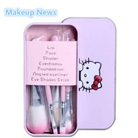комплекты для макияжа оптовых-Wholesale-Hello Kitty 7Pcs  brushes Set for eyeshadow blusher Cosmetic Brushes Tool kit maquiagem make up brush with Metal box