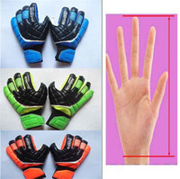 Wholesale Goalkeeper Glove Free Shipping - Free shipping Wholesale 2017 New Latex goalkeeper gloves with Finger Prodection Soccer gloves