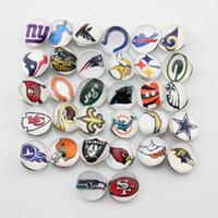 amerikanische fußball-armbänder großhandel-32 Teams Mixed American Football 18mm Snap Button Schmuck Charms Für Ingwer Snap Armband Halskette