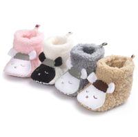 botas de niños pequeños al por mayor-6 colores recién llegados suela blanda para niños Chica Niño bebé primeros caminantes invierno cálidos ovejas y panda bebé diseño botas para niños
