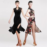 Style tango Avis-New Latin Dance Dress Sexy Adulte sans manches Impression Rumba Tango Sasa salle de bal Samba performance costumes vêtements cheongsam fente style jupe