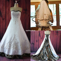 Wholesale court wedding veil - Elegant A Line Camo Wedding Dresses Embroidery Beaded Lace Up Court Train Plus Size Vintage Country Garden Bridal Wedding Gowns With Veils