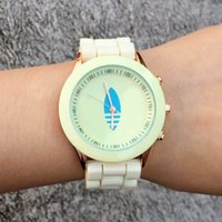Wholesale ad pin - Casual AD Clover Women's Girls 3 Leaves leaf style dial Silicone band Analog Quartz watch AD16