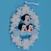 Wholesale penguin decor for sale - Group buy Glossy Penguin Family Of Resin Hang Christmas Ornaments With Glossy Snowflake As Craft Souvenir For Personalized Gifts Or Home Decor