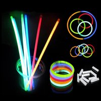 2016 Multi Color Glow Stick 20cm Bracelet Neon LED clignotant Light bâtons avec connecteur partie Vocal Concert USing glow Sticks 300pcs / lot
