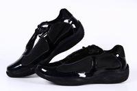 sapatos de meninas de patentes negras venda por atacado-Chegada nova Mulheres Casuais Conforto Sapatos Sapatos Da Moda Britânica Meninas de Couro de Patente com Malha Respirável Sapatos Para Senhora Cor Preta 36-41