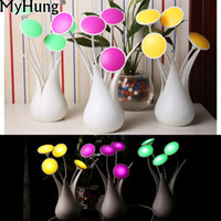 Atacado- LED Auto Lights Sensor Light-controlled Vase Shape USB Night Light Bulb Mesa Mesa Flower Table Lamp For Home Decoração Gift
