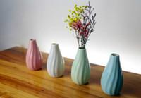 seramik çiçek dekor toptan satış-Seramik Vazolar Yaratıcı Düğün Süsler Seramik El Sanatları Dekor Çiçek Vazo Çiçeklikler Ofis Decroation için Noel Partisi Saksı
