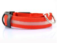 ingrosso ha condotto il collare del cane da compagnia di nylon-100pcs 2pcs LED lampeggiante collare di cane collana collare dell'animale domestico del LED / gatto collare di nylon della tessitura 8colors DHL libera il trasporto