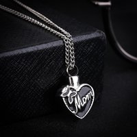"""Wholesale Cremation Jewelry Necklace Mom - Stainless Steel """"Mom In Heart"""" Cremation Urn Necklace Ashes Urn Pendant Mother'S Day Gift Jewelry Keepsake Locket Jewelry"""
