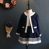 девушки формальные куртки оптовых-2017 Осень детская одежда девушки комплект одежды темно-синий короткая куртка и юбки костюмы дети формальная школьная форма