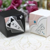 Wholesale Dresses Favor Boxes - 200pc lot Elegant Candy Box For Wedding Sweet Bag Wedding Favors Gift For Guest Bride Groom Wedding Dresses Party Decoration