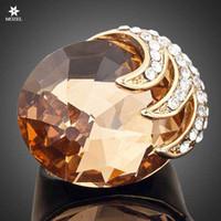 большое золото swarovski оптовых-Оптовая MOZEL мода ювелирные изделия позолоченные Swarovski Crystal Eagle с когтями зажим большой Циркон кольца для женщин TR0002
