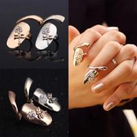 delicados anillos de plata al por mayor-Delicado 18 K oro / anillo chapado en plata para mujeres anillos de uñas con cristal Dragonfly moda Punk anillos para niñas adolescentes joyería fina