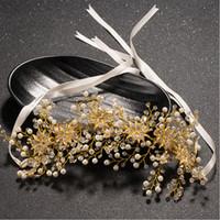 perle d'or cheveux achat en gros de-Vintage Perle Diadèmes Couronnes Bandeau À La Main Pour Mariage Strass Fleur Cheveux Vigne Couronne De Mariage Pour Princesse Or