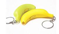 mini-spielzeugauto keychain großhandel-Mini-LED-Licht Taschenlampe Banana Key Rings Neue Schaffung Safe Light Bag Telefon Auto Anhänger Keychain Weihnachten Spielzeug Geschenke