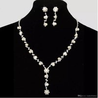 Wholesale Classic Pearl Set - Dazzling Bridal Wedding Dresses Jewelry Necklace Sets With Erring Drill Flower Necklace Stock Pearls Necklace Bridal Accessories CPA795