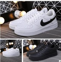 Hot Sale New Men and Women Casual Sneakers Branco Preto Moda couro Respirável Casual Shoes Outdoor Deportivas Sapatos de atletismo