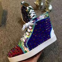 alto para homens venda por atacado-Qualidade máxima!!! Fábrica !!! 2016 Homens Sapatilhas Camurça Com Spikes Stud Alta Top Sapatos Causal Fundo Vermelho, Amantes de Moda de Luxo Designer de Sapatos Baixos