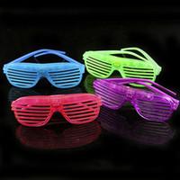 obturador gafas de sol brillantes al por mayor-MOQ: 12PCS Halloween Prop Glow Sunglass Shutter Shades LED Light Glass Tamaño libre para Party Club Festival Wear