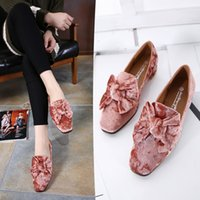 Women oxford style shoes - 2017 Spring Women Velvet Flats Slip On Vintage Oxfords Knot Casual Shoes Woman British Style Women Brogue Shoes flat shoes