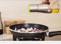 dispenserler sprey şişeleri toptan satış-1 ADET Paslanmaz Çelik Zeytin Mister Sprey Pompa Şişe Yağı Püskürtme Pot Pişirme Kızartma Fırında Yağ Şişesi Araçları Yağ Sebili J1476