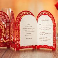 cartões de convites vermelhos venda por atacado-Venda Por Atacado - Cartão De Convite De Casamento Partido Romântico Vermelho Branco Delicado Esculpido Padrão Com Folha De Envelope Em Branco Decoração De Casamento Suprimentos