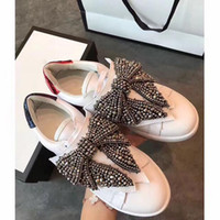 Wholesale Diamond Men Shoes - Hot sale new fashionable men and women cocoa remove diamond bow discounted casual shoes