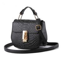 bayanlar moda küçük çantalar toptan satış-Yeni Varış Moda Kadın Crossbody Çanta Omuz Çantası PU Deri Kadınlar Küçük Çanta Bayanlar Messenger Çanta