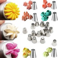Wholesale icing for decorating cupcakes resale online - 1000pcs Russian Tulip Nozzle Perfect For Cake Cupcake Decorating Icing Piping Nozzles Russian Rose Nozzles Tips Cooking Cake tools I016