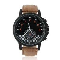 Fashion New Mini Racing Car Scale Dial Watch Big Black Frame Hommes Sport Ceinture en cuir Quartz Montre-bracelet Unique Relogio Drop Shipping