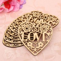Wholesale Fashion New Couples Hollow Out Love Heart Shape Wooden Ornaments Mininature Home Hanging Decorative Crafts Decorations
