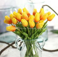 ingrosso giallo fiori falsi-20pcs artificiale mini tulipani vero tocco fiore falso foglia casa festa da giardino arredamento da sposa rosa / bianco / verde / giallo