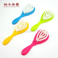 Wholesale hair brush baby - Wholesale- 2016 New Hot Solid 7-9 Months 10-12 Months Plastic Sale Baby Brush Boy Girl Safety Soft Hair Shower Design Scalps Free Shipping