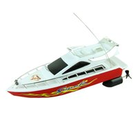 Wholesale Remote Control Sailing - Wholesale- New 2016 Fashion Powerful Plastic Remote Control Boats Speed Electric Toys Model Ship Sailing Children Game Kids Ship