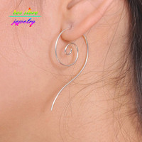 Venta al por mayor 2016 nuevos encantos Fashion Earings Jewlery Simple Boho Etnia Totem Plata Swirl Spiral Hoop pendientes para las mujeres Wire Earrings