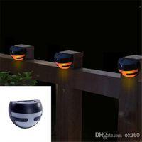 luces solares para pasarelas al por mayor-2 LED de luz solar Sensor de luz de pared luces de pasarela parapeto de escalera Iluminación impermeable al aire libre Luz de noche solar