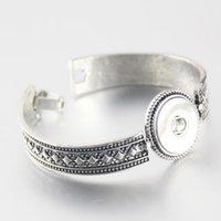 Wholesale Button Wood 18mm - Hot sale Heart Charm Fashion Metal DIY snap Bracelets Bangels 22CM fit 18MM DIY snap buttons