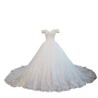 Wholesale plus size ball gowns wedding dresses online - Classic Off the shoulder Ball Gown Wedding Dress with short Sleeves Lace Chapel Train Bridal Wedding Gowns Custom Cheap