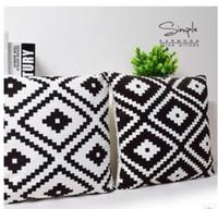 cubierta de cojn blanco y negro tringulos geomtricos chevron stripes plaids alfombra rhombus cojines de cojn