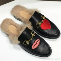 2017 Marca Princetown Mulher Fur Slippers Luxo Designer Moda Genuine Leather Loafers Sapatos Metal Cadeia Ladies Casual Mules Flats Novo