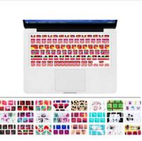 klavye macbook pro toptan satış-Apple Mac Macbook Pro 13 15 17 Hava 13 Retina 13 ABD düzeni için Silikon Çiçek Çıkartması Gökkuşağı Klavye Kapak Tuş takımı Cilt Koruyucu