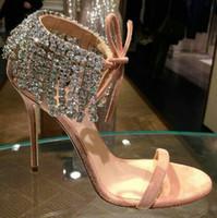 zapatos de la boda de cristal tachonado al por mayor-Estilo romano Correa de tobillo Cristal con incrustaciones Glitter Shoes Sandalias para las mujeres Tacones de salón de baile Zapatos Fiesta de boda Vestido de fiesta tamaño 35 a 40