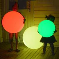 lámparas de bar al aire libre al por mayor-7 colores RGB LED Bola mágica flotante Led iluminado Bola de piscina Luz IP68 Muebles al aire libre Bar Lámparas de mesa con control remoto