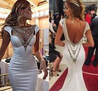 robes de soirée glamour dos nu achat en gros de-2017 Glamorous Sirène Robes De Soirée Chic Cristal Décolleté Cap Manches Satin Ivoire Dos Nu Formelle Robes De Soirée Celebrity Robes De Bal