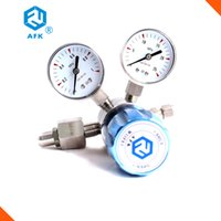 Wholesale CE certification Stainless steel L Diaphragm inlet connection G5 with two gauges single stage co2 High pressure Gas Pressure Reducer