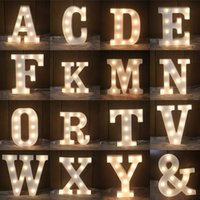 LED Night Light White 26 Letters Sign Alphabet Lâmpada de mesa para festa de casamento de aniversários Quarto Wall Hanging Photography Ornaments
