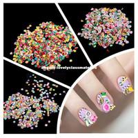 nail designs 3d blumen großhandel-Nail art Aufkleber 1000 Stücke Fimo Ton 3D 3 Serie Blume Obst Tier Design Nagel Abziehbilder DIY Designer Maniküre Dekorationen Blumen